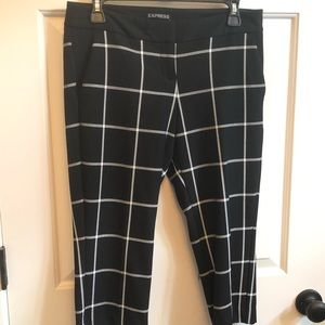 Express black and white cropped dress pant